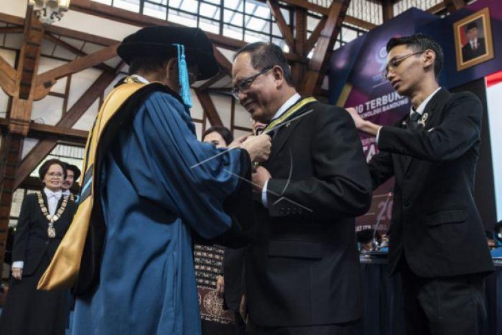 Peringatan ke-98 pendidikan teknik Indonesia
