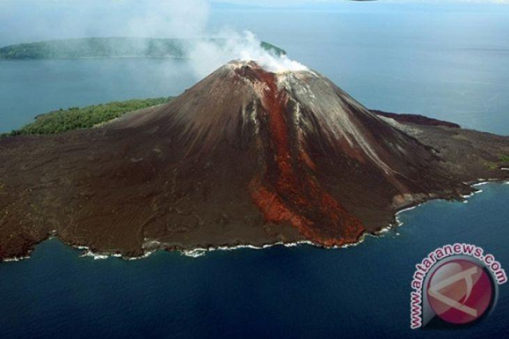Gunung anak krakatau alami 348 kali letusan
