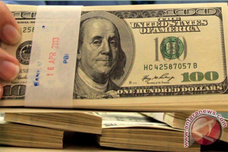 Penurunan stering dorong dolar AS naik