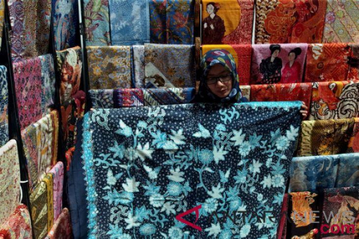 Manfaatkan teknologi untuk pemberdayaan perempuan