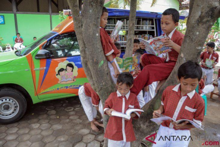 Inisiatif baik wujudkan perpustakaan di sekolah pedalaman