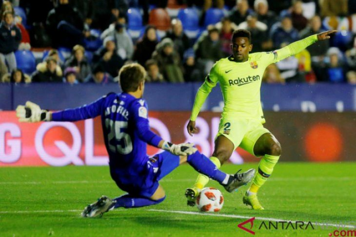 Tanpa Messi-Suarez, Barcelona tersungkur di markas Levante