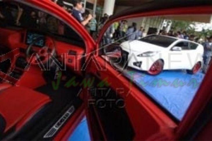 Mobil Listrik Unej Kembali Juara Umum Nasional