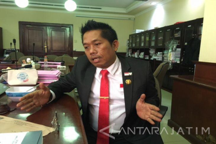 DPRD Surabaya Sesalkan Rencana Penertiban PKL Jalan Semarang