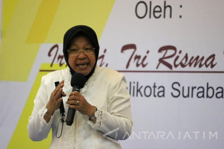Risma Ajak Warga Surabaya Jaga Pola Hidup Sehat