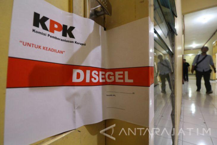 KPK Periksa Pejabat PNS Nganjuk di Kota Madiun