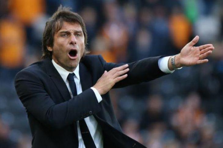 Chelsea Pecat Manajer Conte