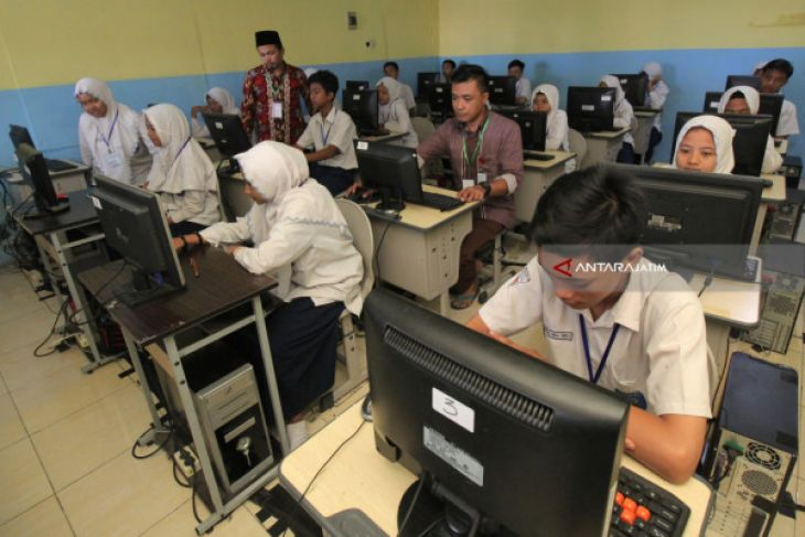 Polres Madiun Kota Periksa Saksi Korupsi Pengadaan Komputer