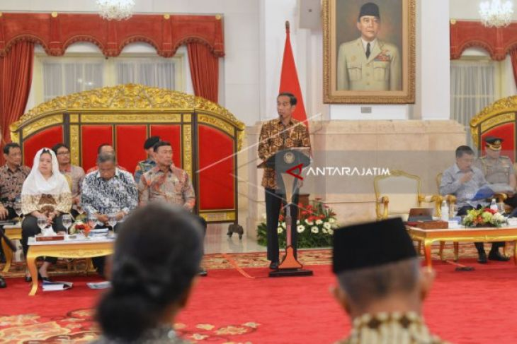 Presiden Asks Police, Military Chiefs To Maintain Security During Ramadan
