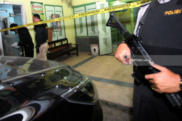 Five Alleged Members of Terrorists Network Arrested in Blitar