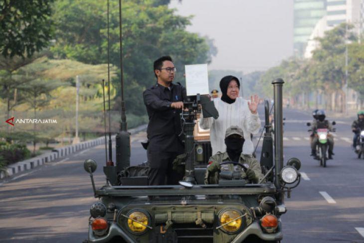 Penghargaan Internasional Lee Kwan Yew Diarak Keliling Kota Surabaya