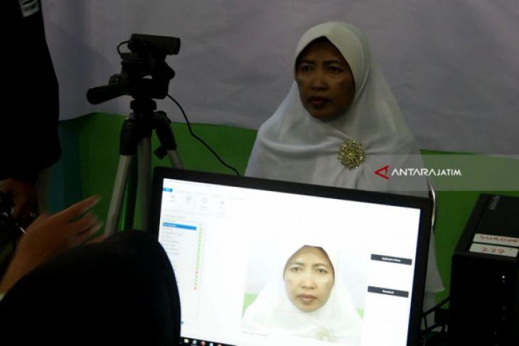 Proses Keimigrasian Calon Haji Terkendala Pemindai Biometrik