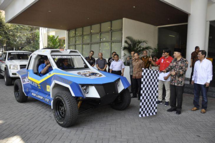 Tiga Kendaraan Inovatif ITS Berangkat Jelajahi Indonesia