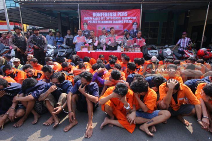 Polisi Surabaya Tangkap Ratusan Pelaku Kejahatan