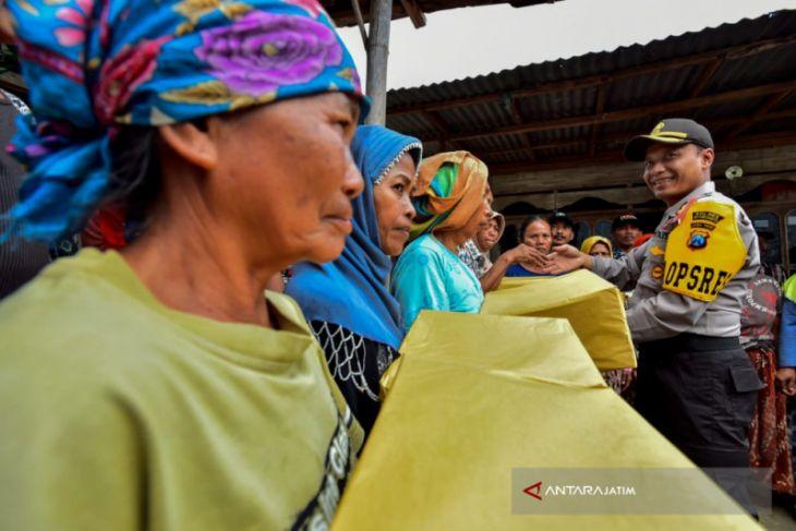 HUT KE-63 Korpa Lalu Lintas, Polres Situbondo Bakti Sosial