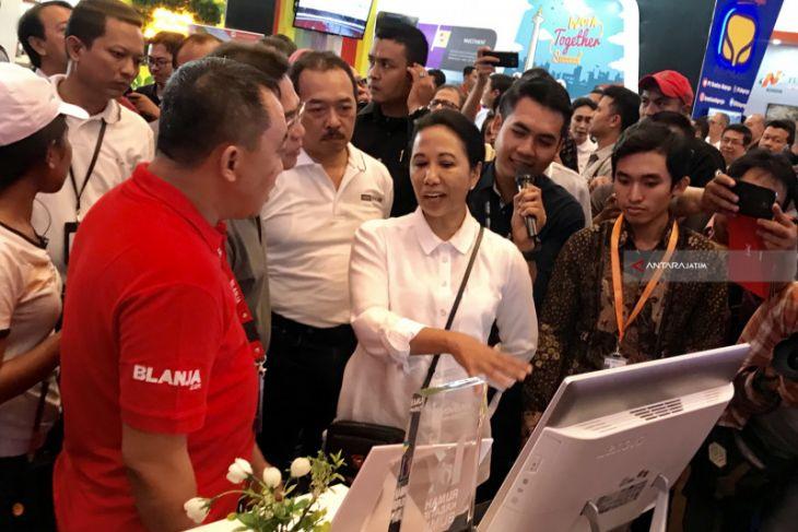 Tinjau Stan-Stan, Menteri BUMN Semangati Perusahaan Peserta IBD Expo