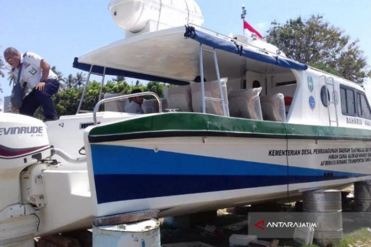 Situbondo Mendapatkan Bantuan Kapal Wisata Dari Kemendes