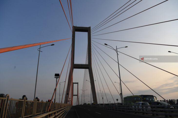 Memaksimalkan Penggratisan Jembatan Suramadu bagi Warga Madura