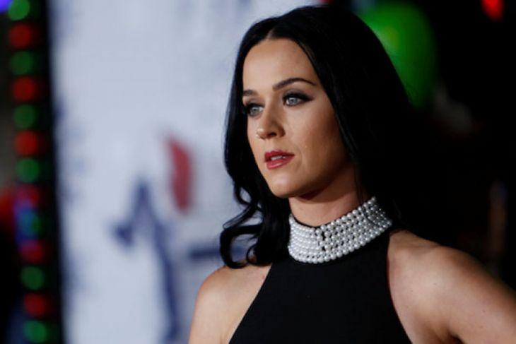 Katy Perry Putuskan Vakum Bermusik