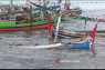 Belasan Perahu Nelayan Situbondo Rusak Diterjang Gelombang Tinggi