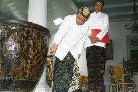 Sultan harapkan calon gubernur Jabar kampanye positif