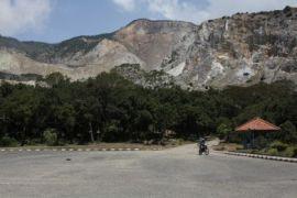 Gunung Papandayan ramai dikunjungi wisatawan