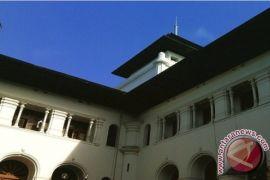 Tingkat Kehadiran PNS Gedung Sate 100 Persen