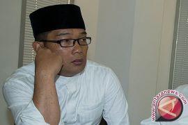 Kang Emil berbelasungkawa kepada korban bom di Surabaya