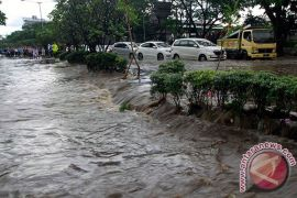 Pemkot Bandung Kucurkan Rp100 Miliar Tangani Banjir