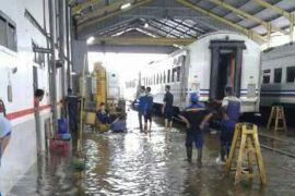 Stasiun Bandung Terendam Banjir