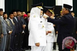 Gubernur Minta Bupati Bekasi Kawal Kanal
