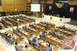 DPRD Jawa Barat Bahas Delapan Raperda