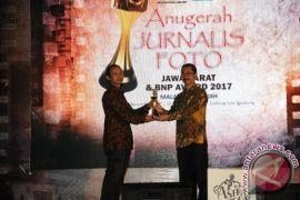 Delapan Jurnalis Raih Anugerah Jurnalis Foto Jabar