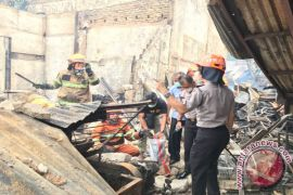 Kebakaran Gudang Mebel di Bandung Tewaskan Satu Orang