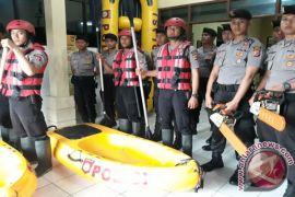 Polres Cirebon Siagakan Satu Peleton Antisipasi Banjir