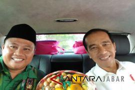 Cerita  Uu Ruzhanul semobil dengan Presiden