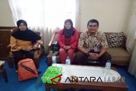 Astakira Cianjur : dinas belum efektif mencegah TKW ilegal