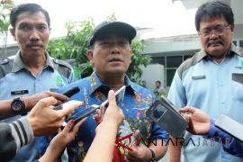 Wali Kota Cirebon ajak masyarakat belanja pasar tradisional