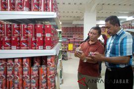 Satgas pangan Cirebon sidak ikan kaleng makarel