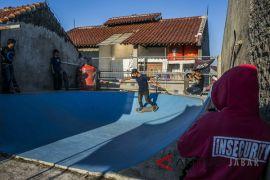 Arena Skateboard di atap rumah