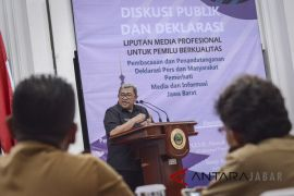 Aher prihatin Bupati Bandung Barat jadi tersangka