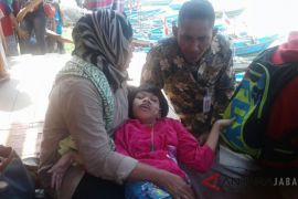 Presiden Jokowi bantu gadis lumpuh di Pangandaran