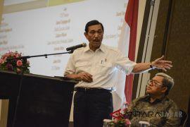 Menko Luhut: Jangan mencampuradukkan citarum dengan politik