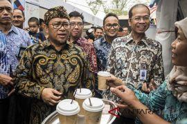 Gubernur: petani kopi Jabar terapkan filosofi luwak