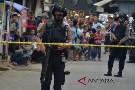 Densus 88 geledah tiga tempat di Cirebon