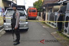 Polisi geledah rumah terduga Teroris di Tasikmalaya