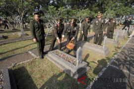 Tabur Bunga peringatan Hari Kebangkitan Nasional