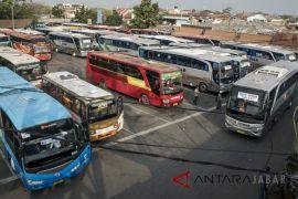 Bus mudik jalur selatan Jawa