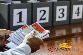 Penghitungan surat suara Pilgub Jabar