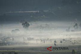 Cuaca dingin Bandung